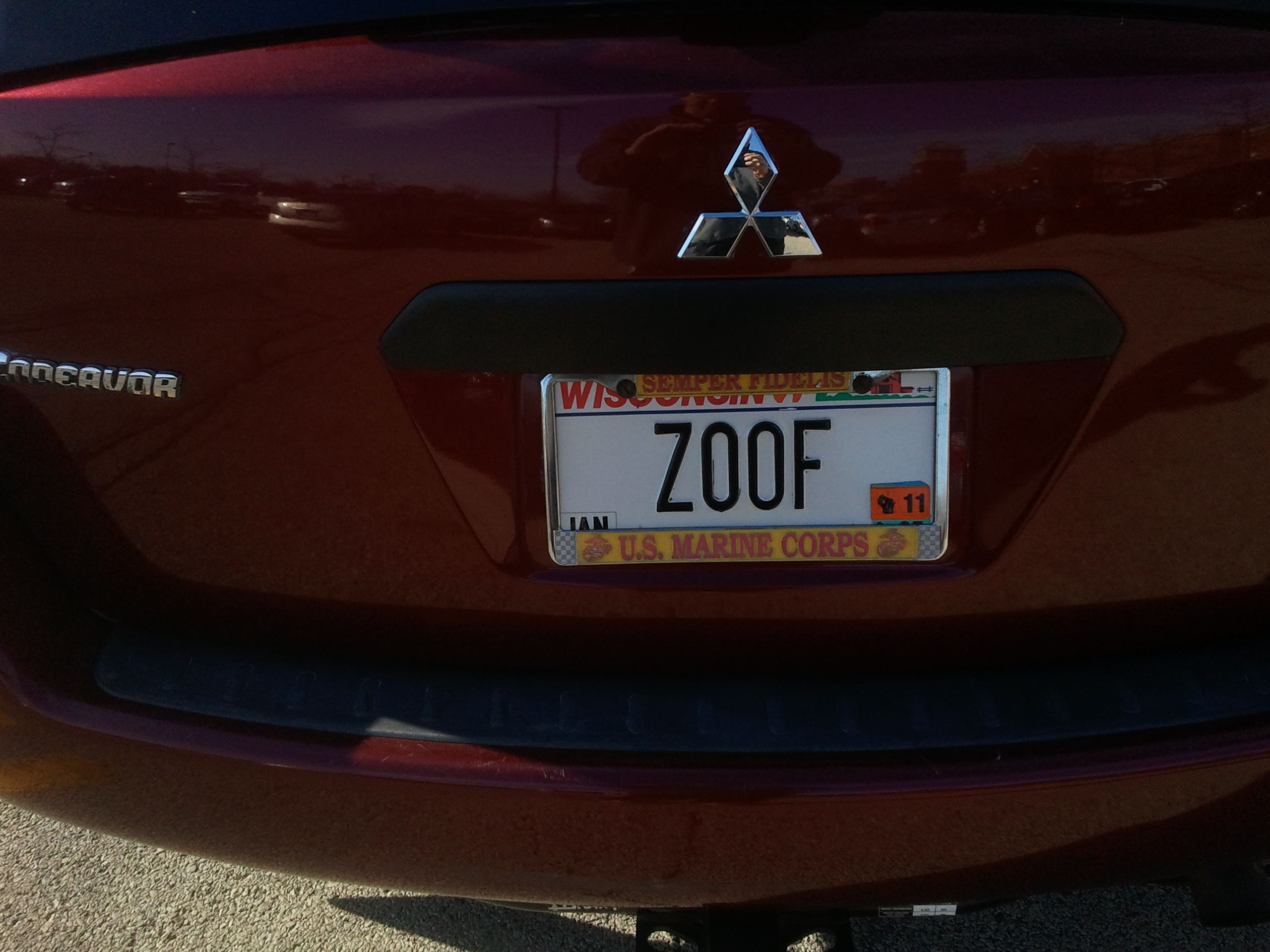 Photo of a license plate: ZOOF